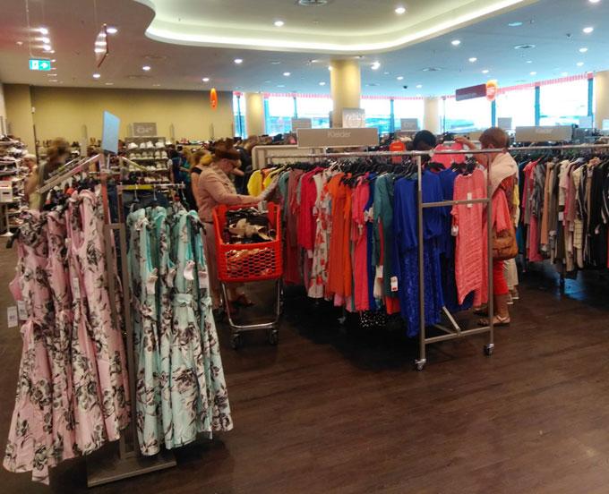 Одежда сток: новая реальность fashion-рынка